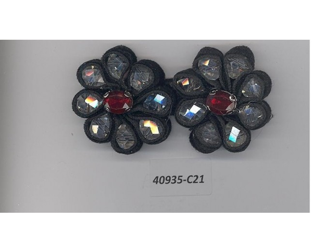 App.w/facited beads 2 3/4x1 1/4Blk/Clear/Red