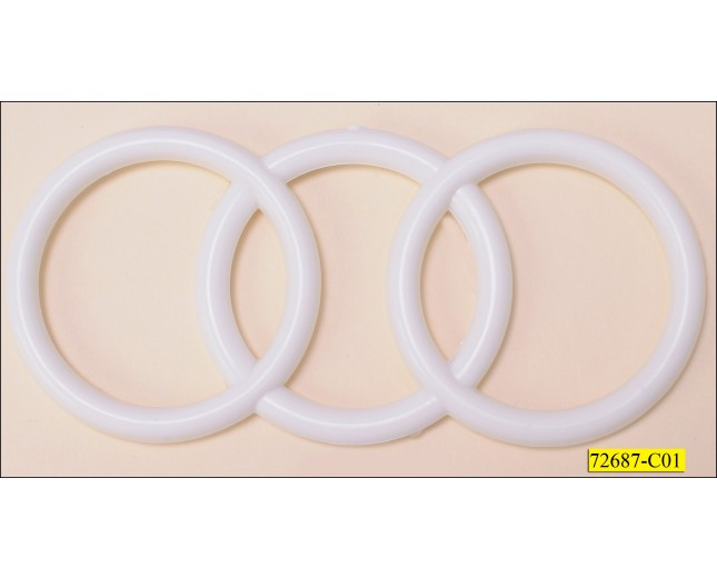 "3 Plastic Rings Overlapped 4 3/4""x2 1/8"""