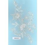 App. w/pearls&glass&2 cutSil beads9 1/2x5 Wht/Sil